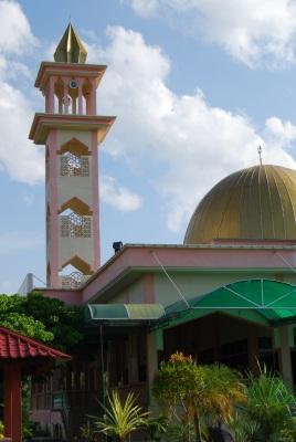 The masjid by the river at Pengkalan Chepa