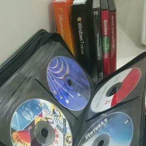 Sedikit CD software (ori) dalam koleksi aku